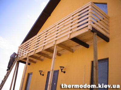 Балкон частный дом