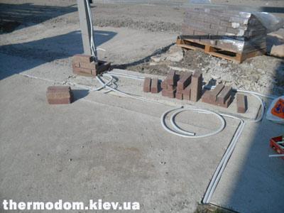 Провода в бетоне